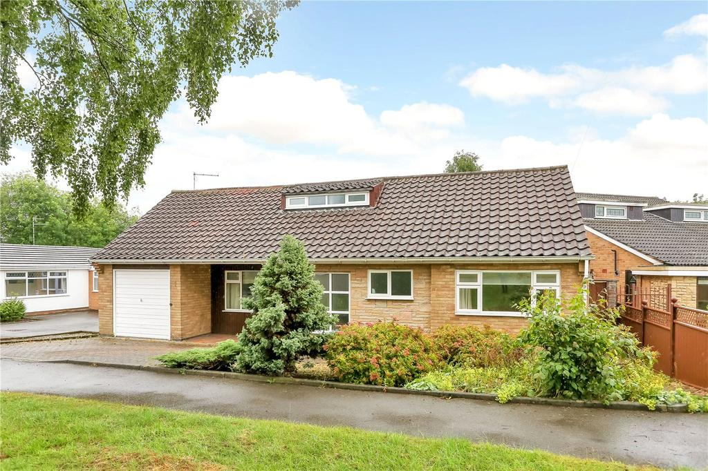 5 Bedrooms Detached Bungalow for sale in Shepherd Close, Kirby Muxloe, Leicester