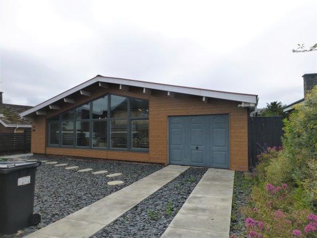 4 Bedrooms Detached Bungalow for sale in NICHOLAS AVENUE, WHITBURN, SUNDERLAND NORTH