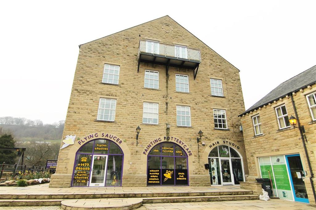 2 Bedrooms Apartment Flat for sale in Butlers Wharf, New Road, Hebden Bridge