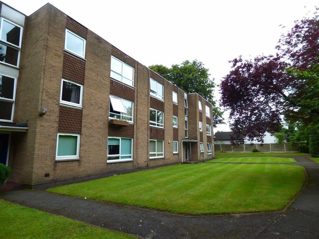 2 Bedrooms Flat for sale in Moseley Grange, Cheadle Hulme, Cheshire