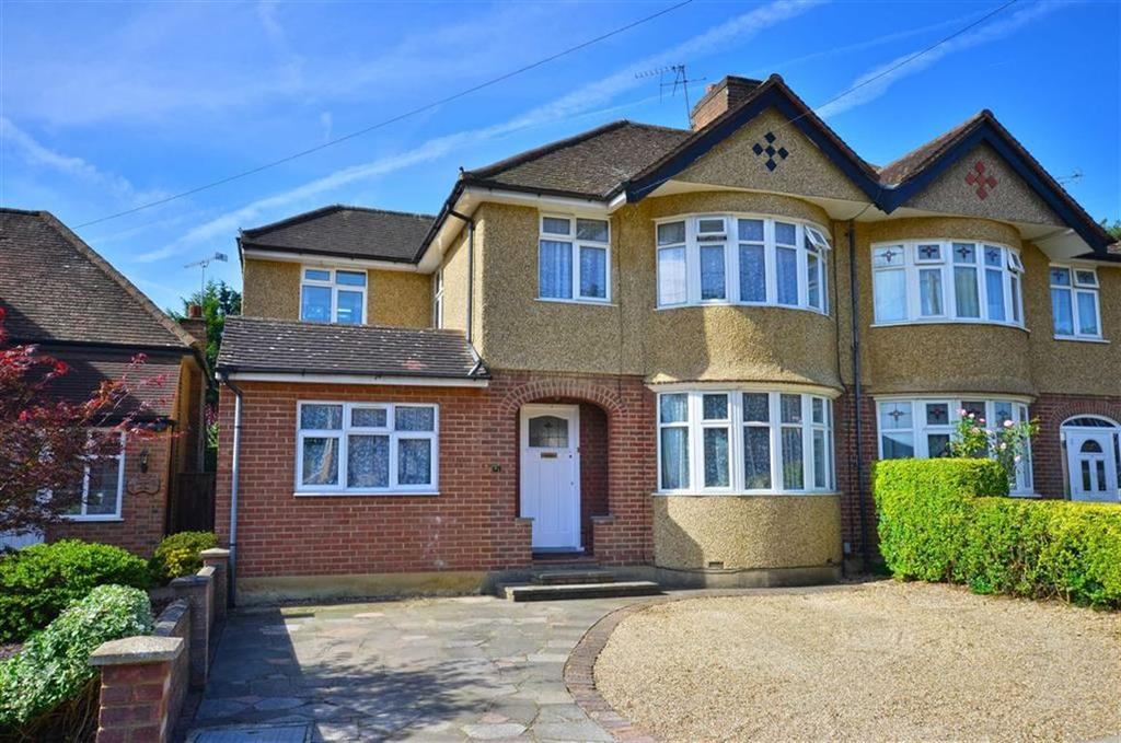 4 Bedrooms Semi Detached House for sale in Kenilworth Drive, Croxley Green, Hertfordshire