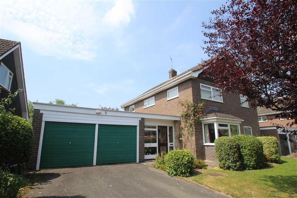 4 Bedrooms Detached House for sale in Woodside Drive, Off Sandiway, Shrewsbury