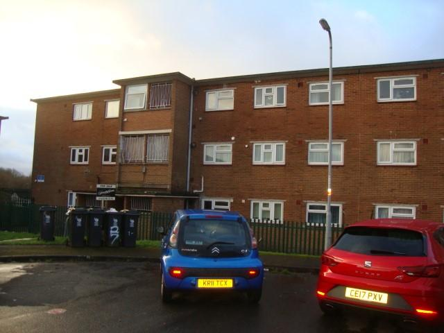 2 Bedrooms Apartment Flat for sale in Morley Close, Ringland, Newport NP19