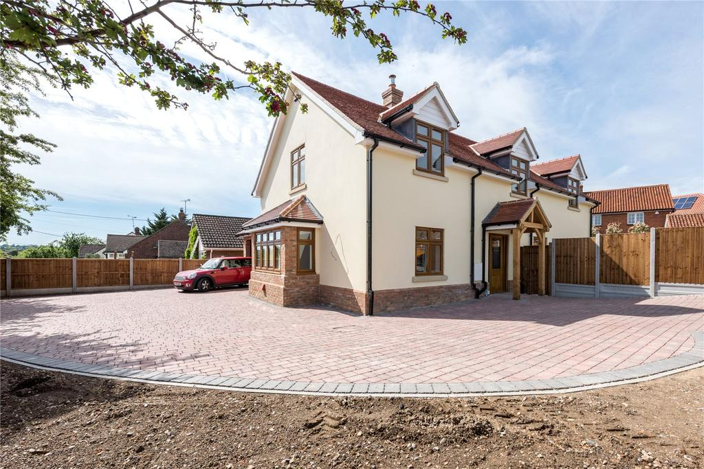 4 Bedrooms Detached House for sale in East Hanningfield Road, Rettendon Common, Chelmsford, CM3