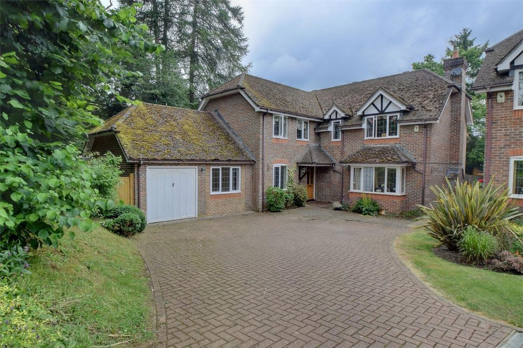 5 Bedrooms Detached House for sale in Rake Road, LISS, Hampshire