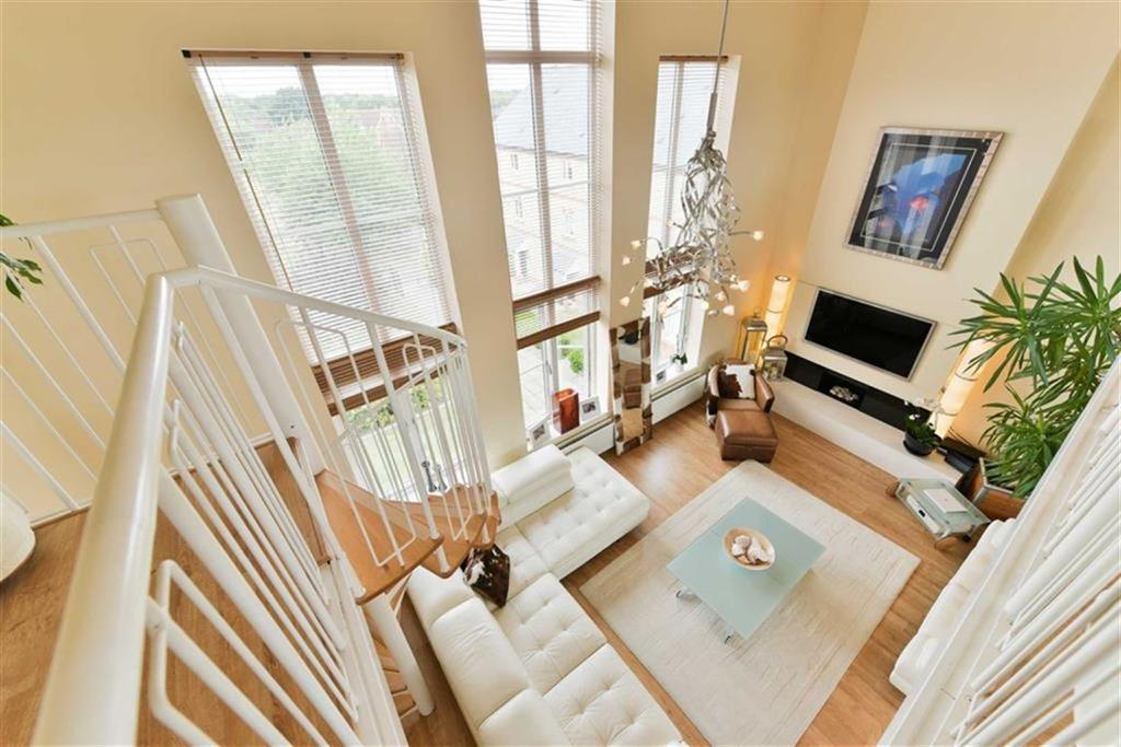 4 Bedrooms Town House for sale in Medina Square, Epsom, Surrey