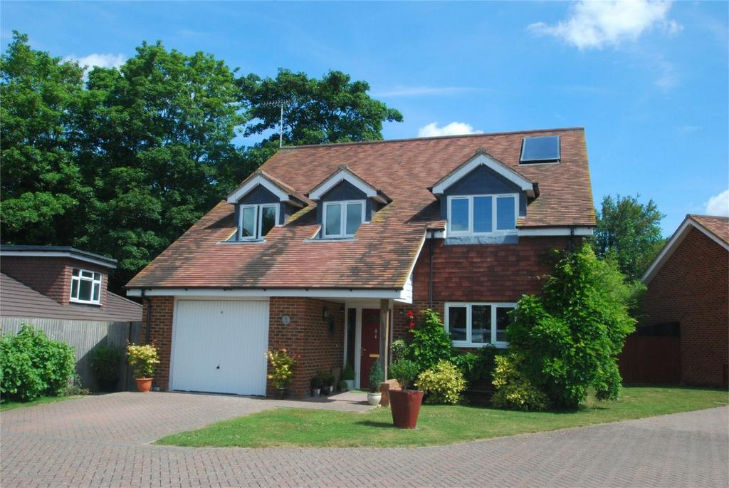 4 Bedrooms Detached House for sale in Harrietsham