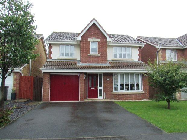 4 Bedrooms Detached House for sale in HARVESTOR CLOSE, SEATON CAREW, HARTLEPOOL