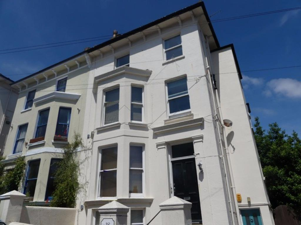 3 Bedrooms Flat for sale in York Villas Brighton East Sussex BN1