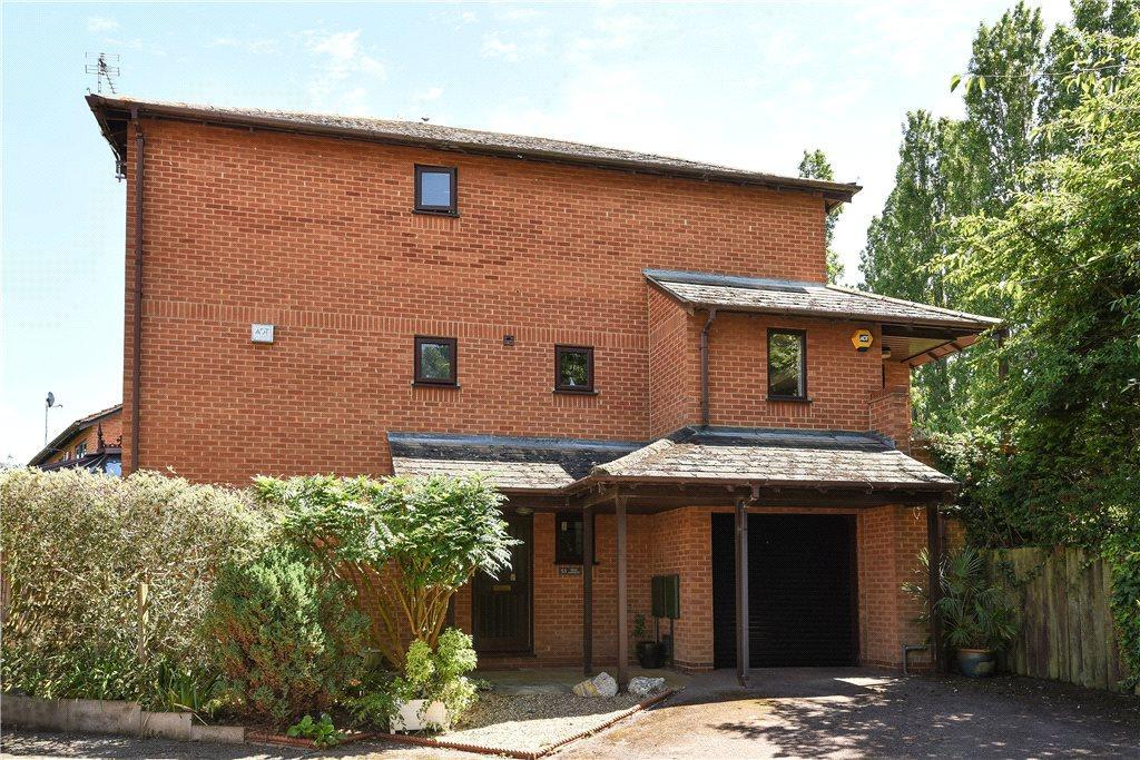 3 Bedrooms Semi Detached House for sale in Orne Gardens, Bolbeck Park, Milton Keynes, Buckinghamshire