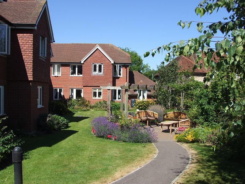 1 Bedroom Flat for sale in Morgan Court, Station Road, Petworth GU28