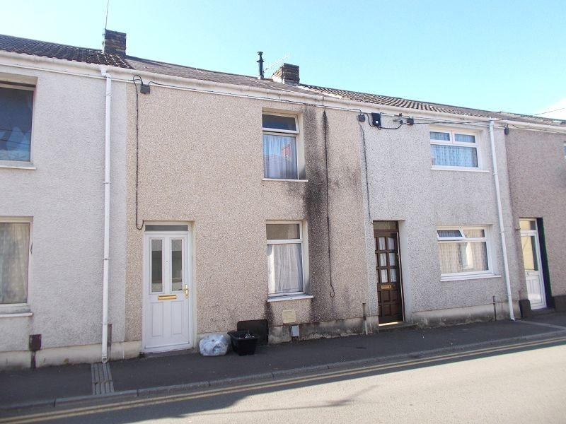 2 Bedrooms Terraced House for sale in Elias Street, Neath, Neath Port Talbot.