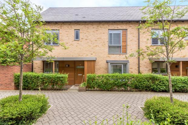 3 Bedrooms Semi Detached House for sale in Forty Acre Road, Trumpington, Cambridge, Cambridgeshire