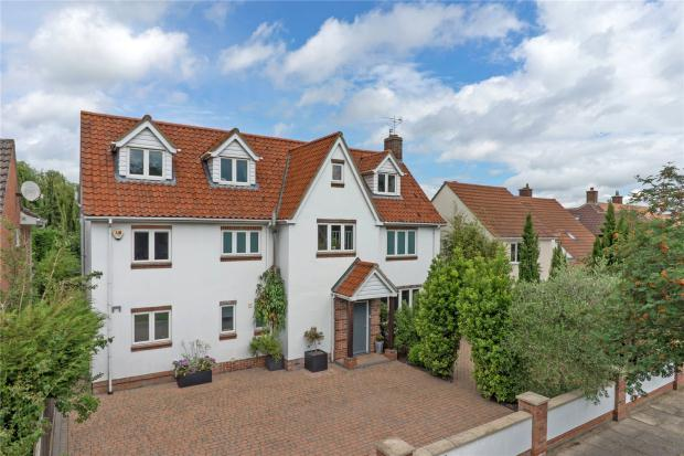 6 Bedrooms Detached House for sale in Wingate Way, Trumpington, Cambridge