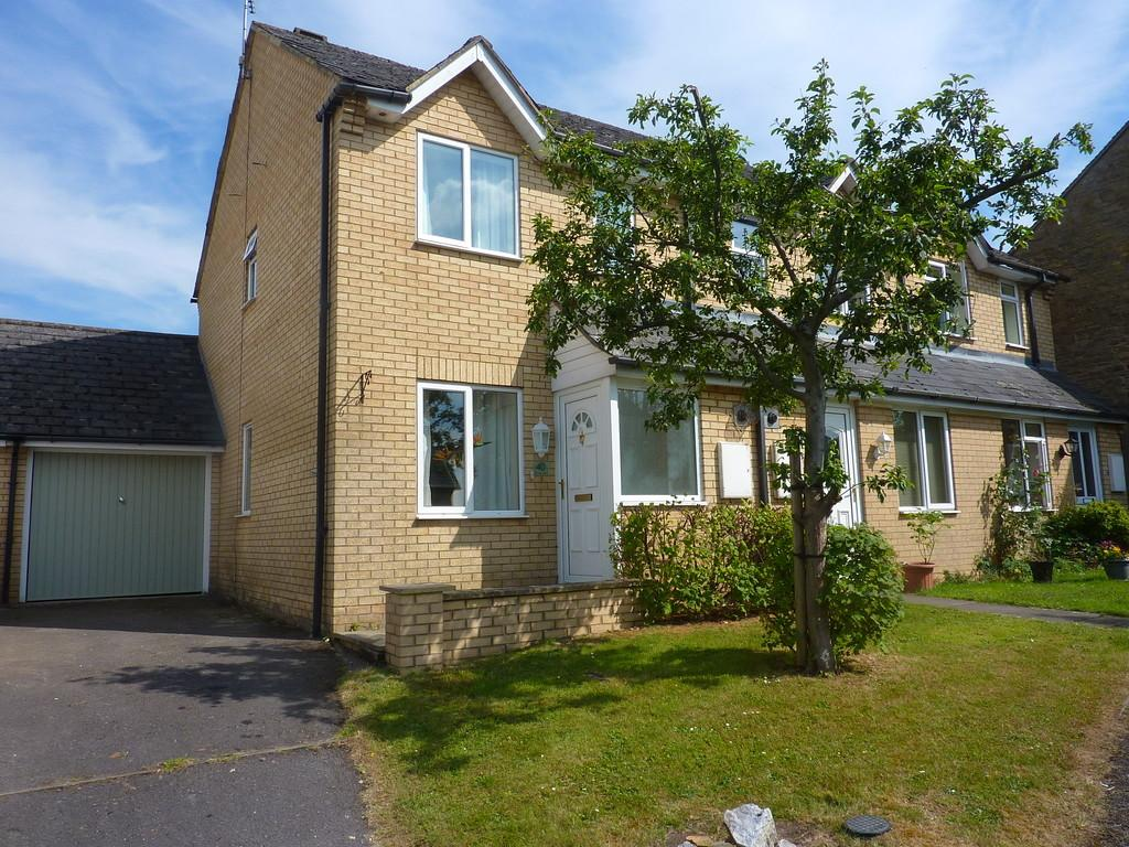 2 Bedrooms End Of Terrace House for sale in Rowell Way, Chipping Norton