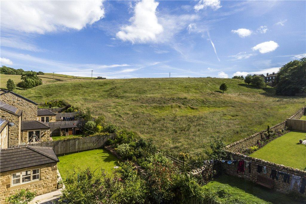 4 Bedrooms Terraced House for sale in Acre Road, Cowling, Keighley