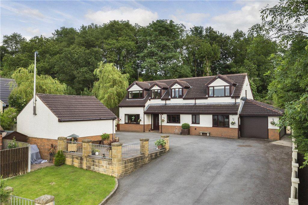 4 Bedrooms Detached House for sale in Hillside Avenue, Guiseley, Leeds, West Yorkshire