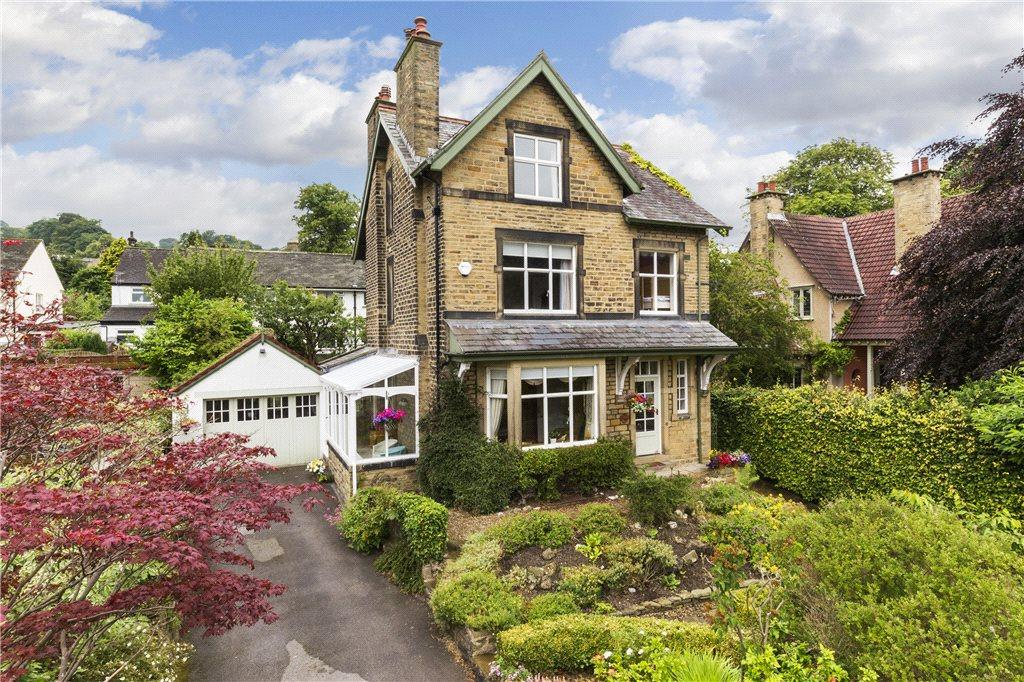 5 Bedrooms Detached House for sale in Green Head Avenue, Keighley, West Yorkshire