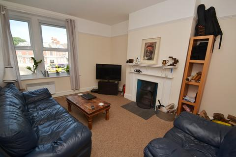 4 bedroom flat to rent - Southbourne