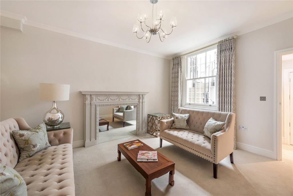 1 Bedroom Flat for sale in Cheniston Gardens, London