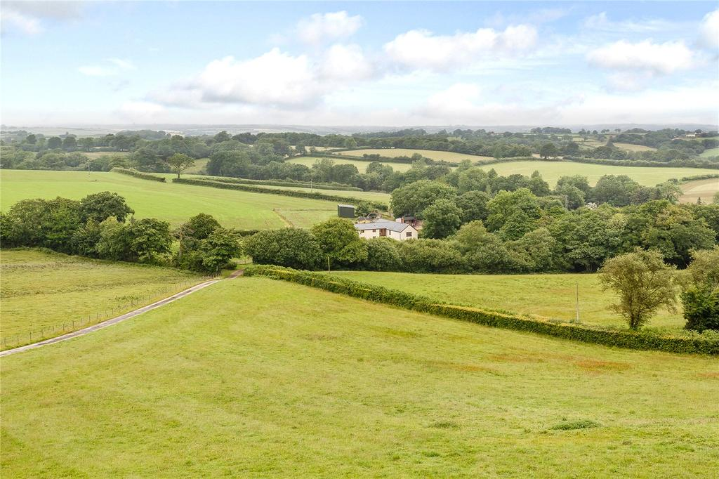 6 Bedrooms Detached House for sale in Oakford, Tiverton, Devon