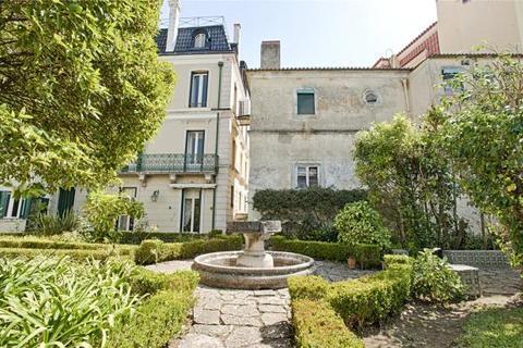 10 bedroom house  - Palace In Lapa, Lapa, Lisbon, Portugal