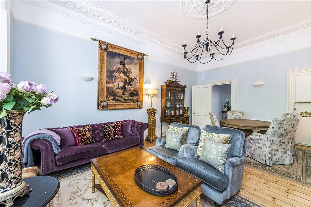 2 Bedrooms House for sale in Courtfield Gardens, London, SW5