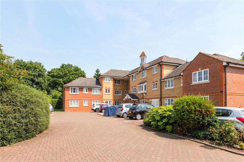 1 Bedroom Retirement Property for sale in Hutchings Lodge, High Street, Rickmansworth, Hertfordshire, WD3