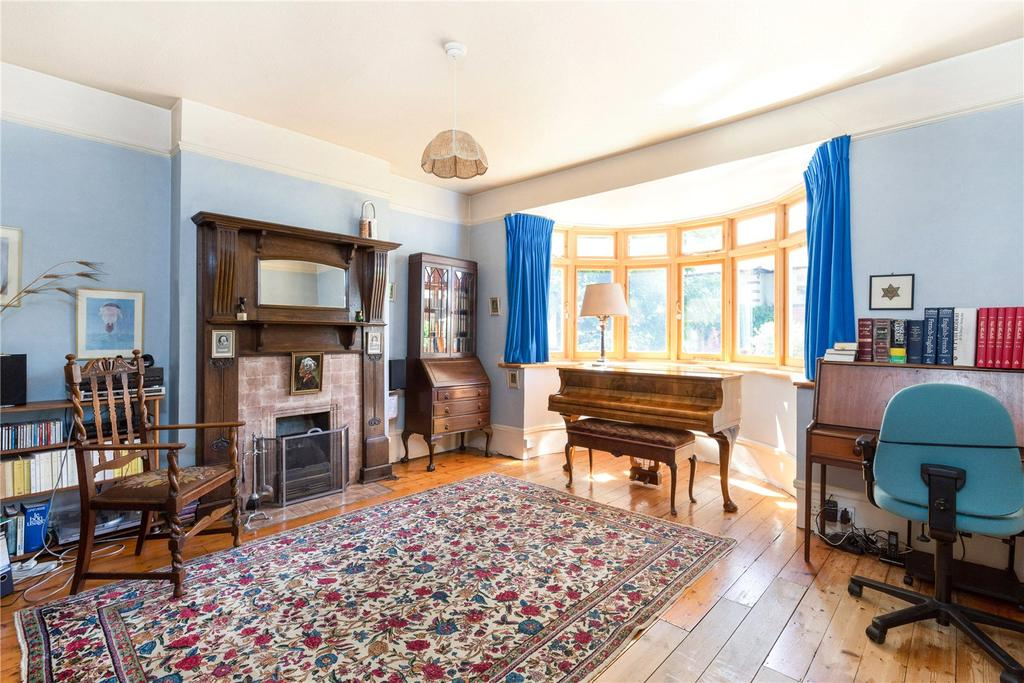 4 Bedrooms Semi Detached House for sale in Percival Road, London, SW14