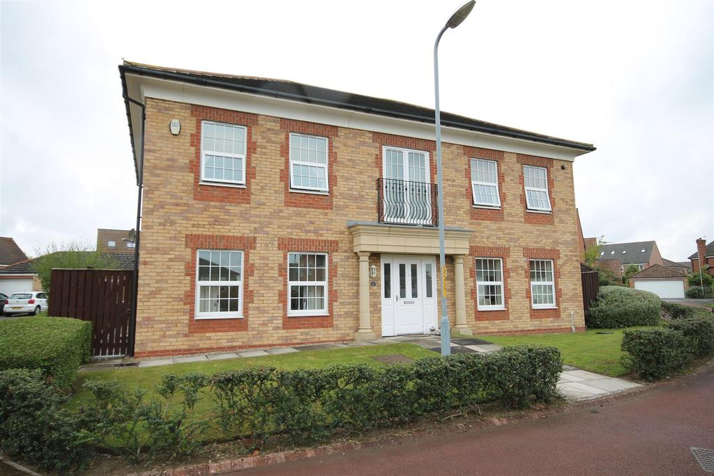 6 Bedrooms Detached House for sale in Chedworth Court, Ingleby Barwick, Stockton-On-Tees