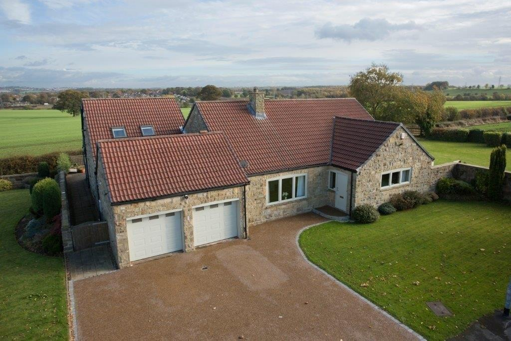 5 Bedrooms Detached House for sale in Martin Grove, Sandal