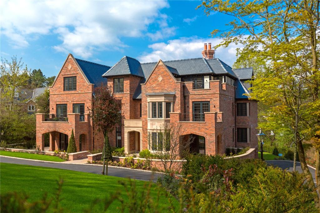 3 Bedrooms Penthouse Flat for sale in Bollin Hey, Collar House Drive, Prestbury, Cheshire, SK10