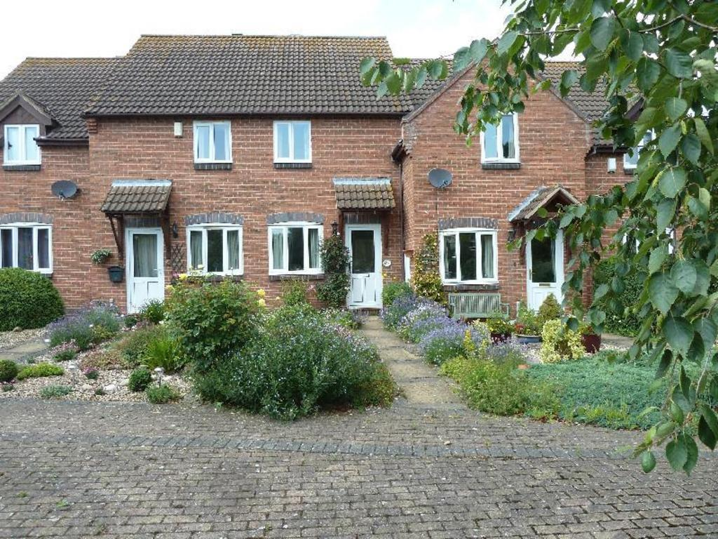 2 Bedrooms Town House for sale in Long Clawson