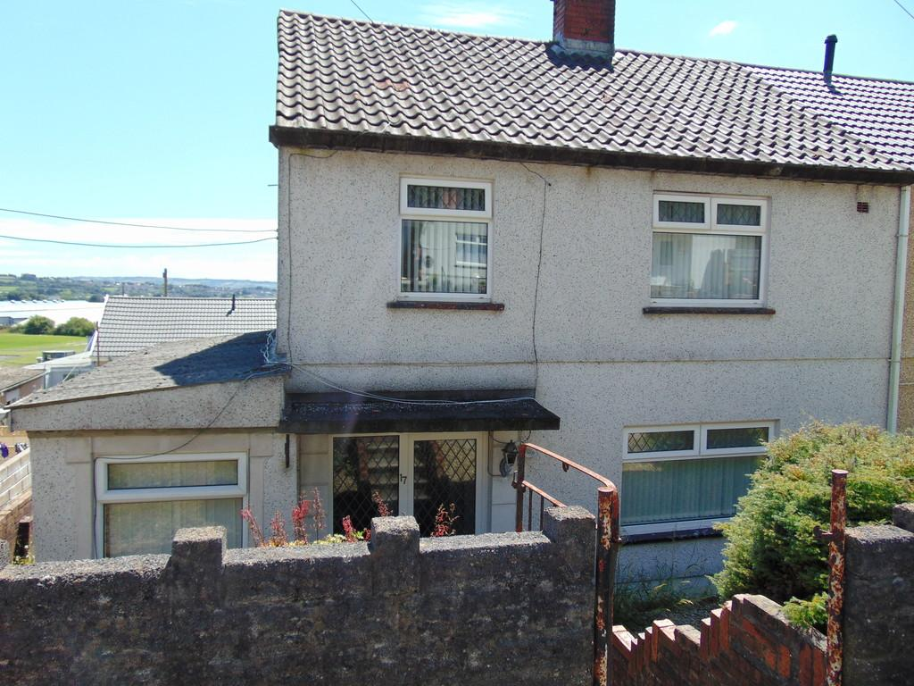 3 Bedrooms Semi Detached House for sale in Brynyfelin, Swiss Valley