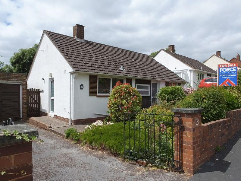 2 Bedrooms Detached Bungalow for sale in Broadparks Avenue, Exeter