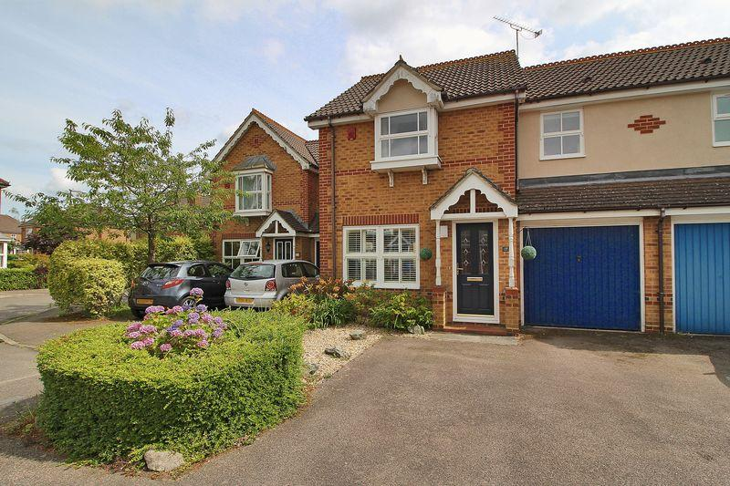 3 Bedrooms Terraced House for sale in Delius Gardens, Horsham