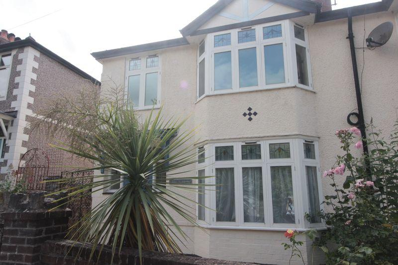 3 Bedrooms Semi Detached House for sale in Love Lane, Denbigh