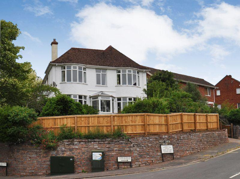 4 Bedrooms Detached House for sale in Cowley