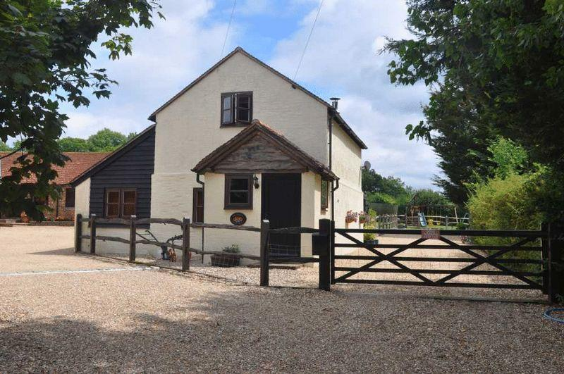 2 Bedrooms Equestrian Facility Character Property for sale in Brownings Farm, Station Road, Cowfold