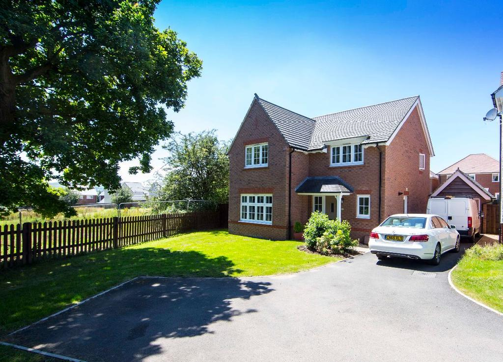 4 Bedrooms Detached House for sale in 4 Highfield Rise, Manor View, Trelewis, CF46 6EQ