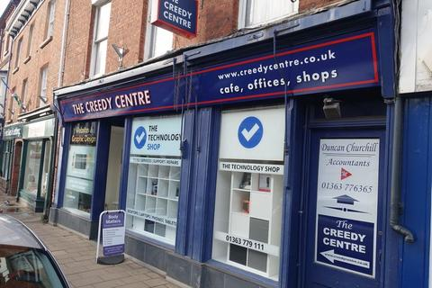 Property to rent - High Street, Crediton