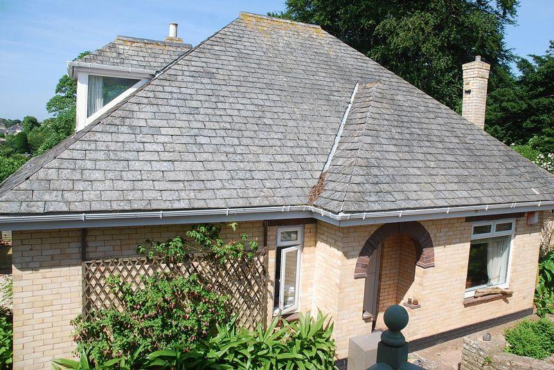 4 Bedrooms Detached Bungalow for sale in Priory Road, Torquay