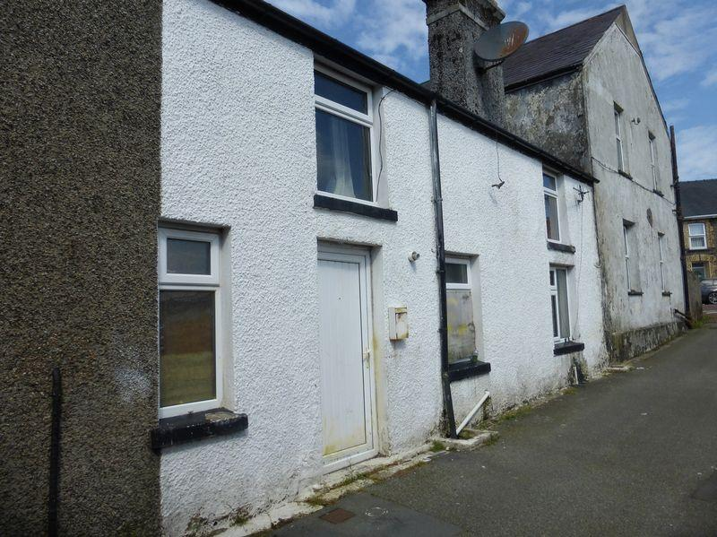 1 Bedroom Terraced House for sale in Penygroes