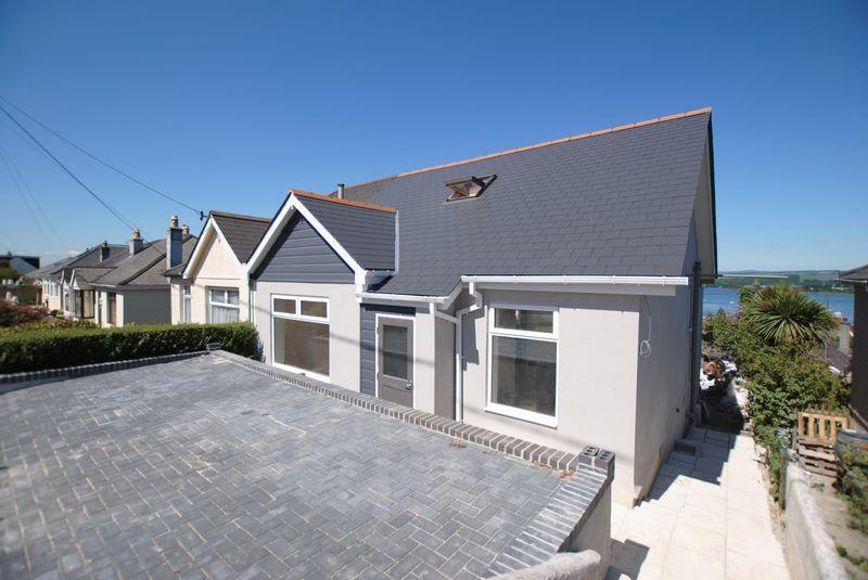 3 Bedrooms Semi Detached House for sale in Hillside Avenue, Saltash