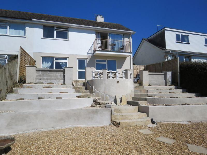 3 Bedrooms Semi Detached House for sale in Higher Polsue Way, Truro