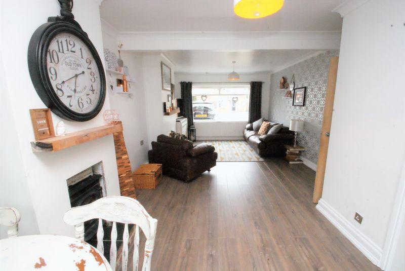 3 Bedrooms Semi Detached House for sale in Asterley Drive, Middlesbrough