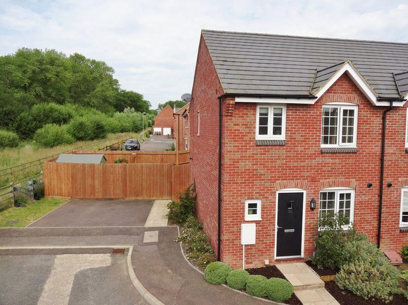 3 Bedrooms Semi Detached House for sale in Clarendon Close, Little Stanion