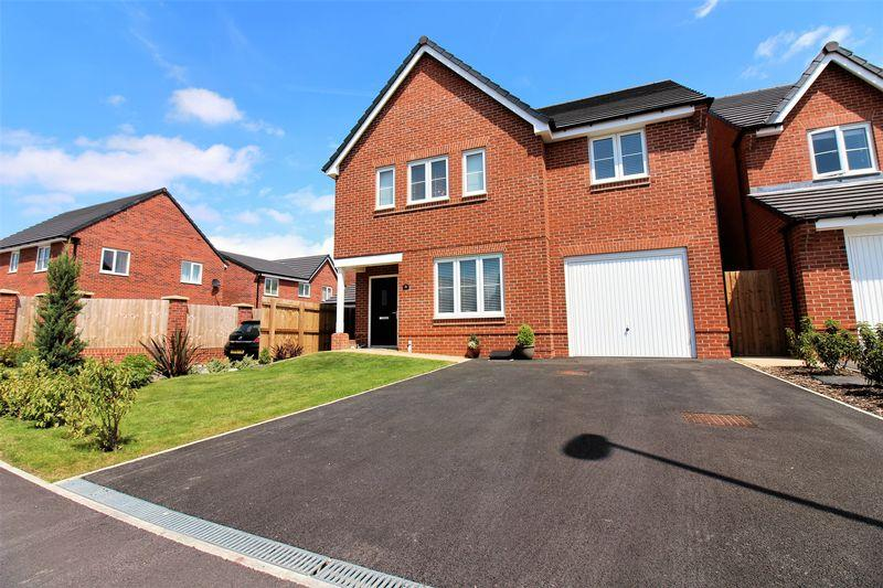 4 Bedrooms Detached House for sale in Messham Close, Chester