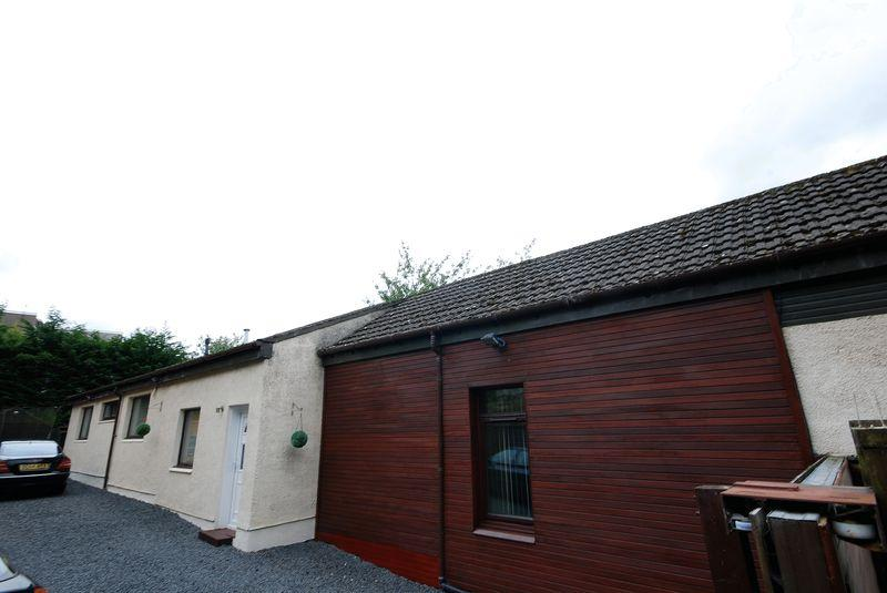 3 Bedrooms Detached Bungalow for sale in 3 The Strand Nursery ,Cumnock KA18 1LB