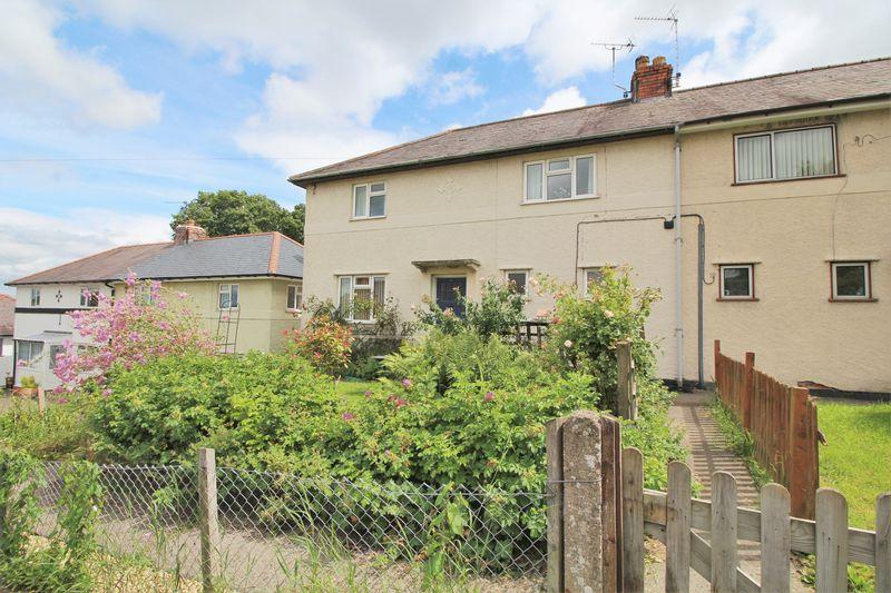 3 Bedrooms Semi Detached House for sale in Woodlands Grove, Froncysyllte